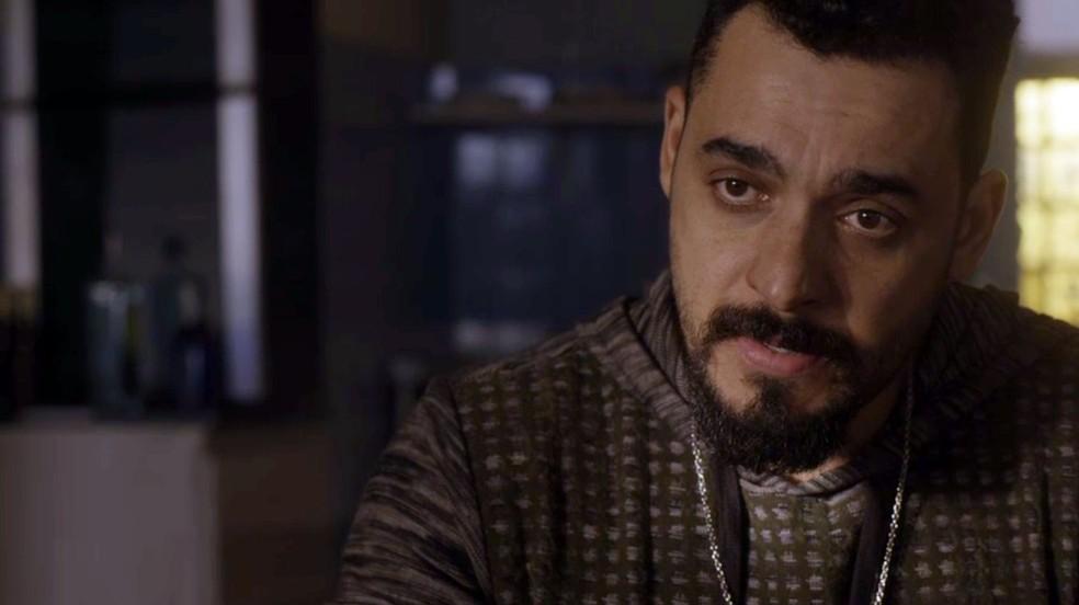 Barão fala sobre Eliseu e Paulina (Foto: Globo)