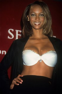 Tyra Banks, 1997 - The Diamond Dream Bra, US$ 3 milhões