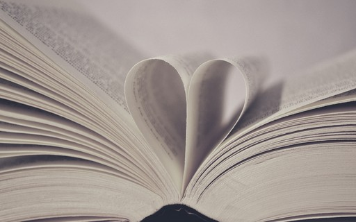 9 Frases Literárias Românticas Indicadas Pelos Leitores De
