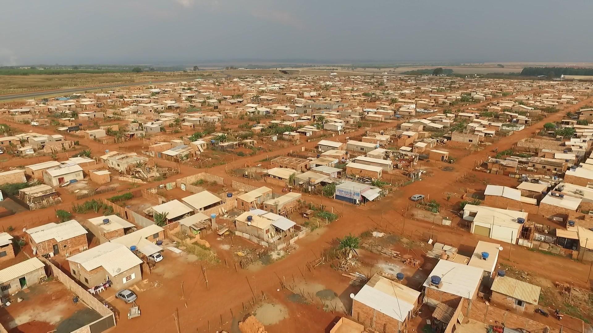 Cohab assume processo de regularização do 'assentamento Glória' em Uberlândia