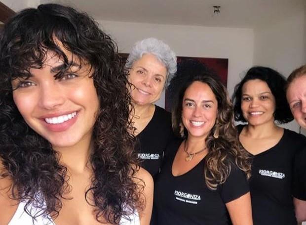 Giovana Cordeiro mostra ajudinha extra para organizar closet (Foto: Instagram/ Reprodução)