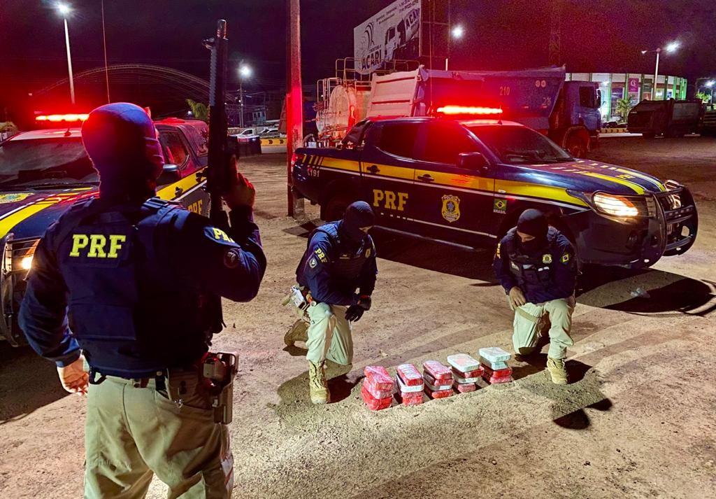 Mulheres que saíram do Acre com destino à Paraíba são presas pela PRF em Itaituba com mais de 20 kg de drogas