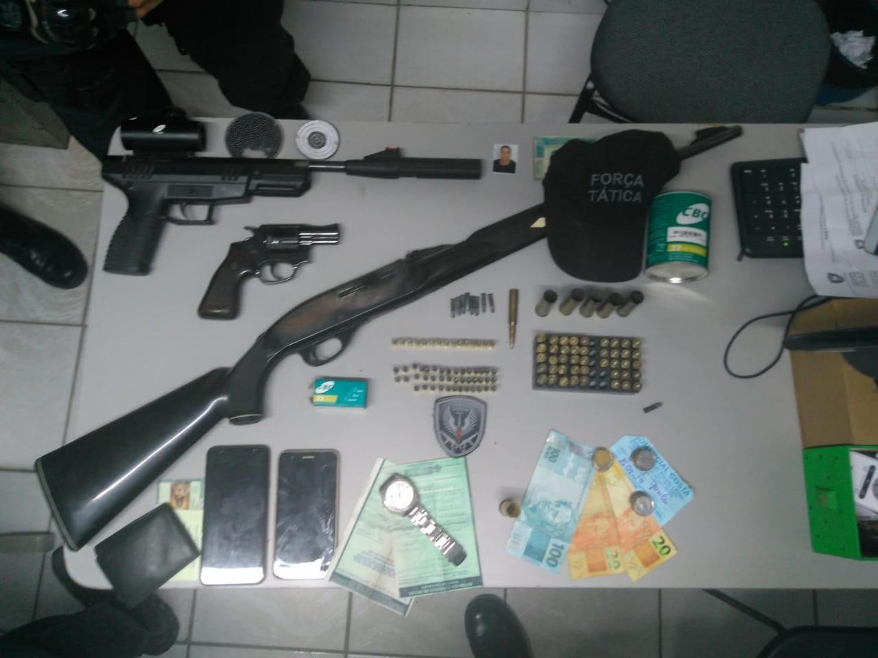 Homem é preso com rifle e munição de fuzil na Grande Natal