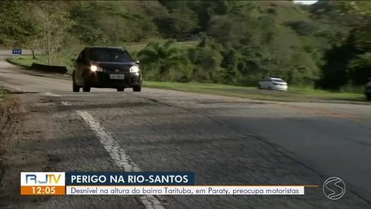 Desnível na Rio-Santos preocupa motoristas no trecho de Paraty