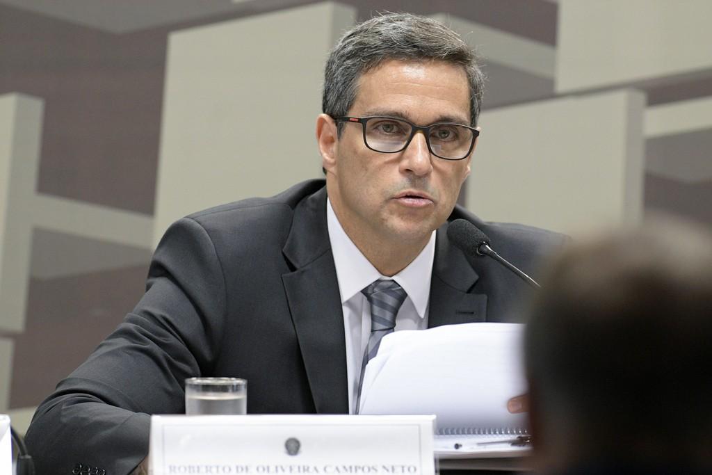e76640667bf Comissão de Assuntos Econômicos e depois o plenário da Casa devem votar a  indicação de Roberto Campos Neto antes de ele assumir o BC.