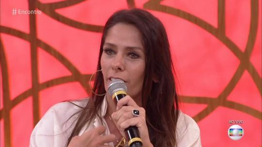 Adriane Galisteu comenta tentativa de engravidar do segundo filho, aos 46 anos