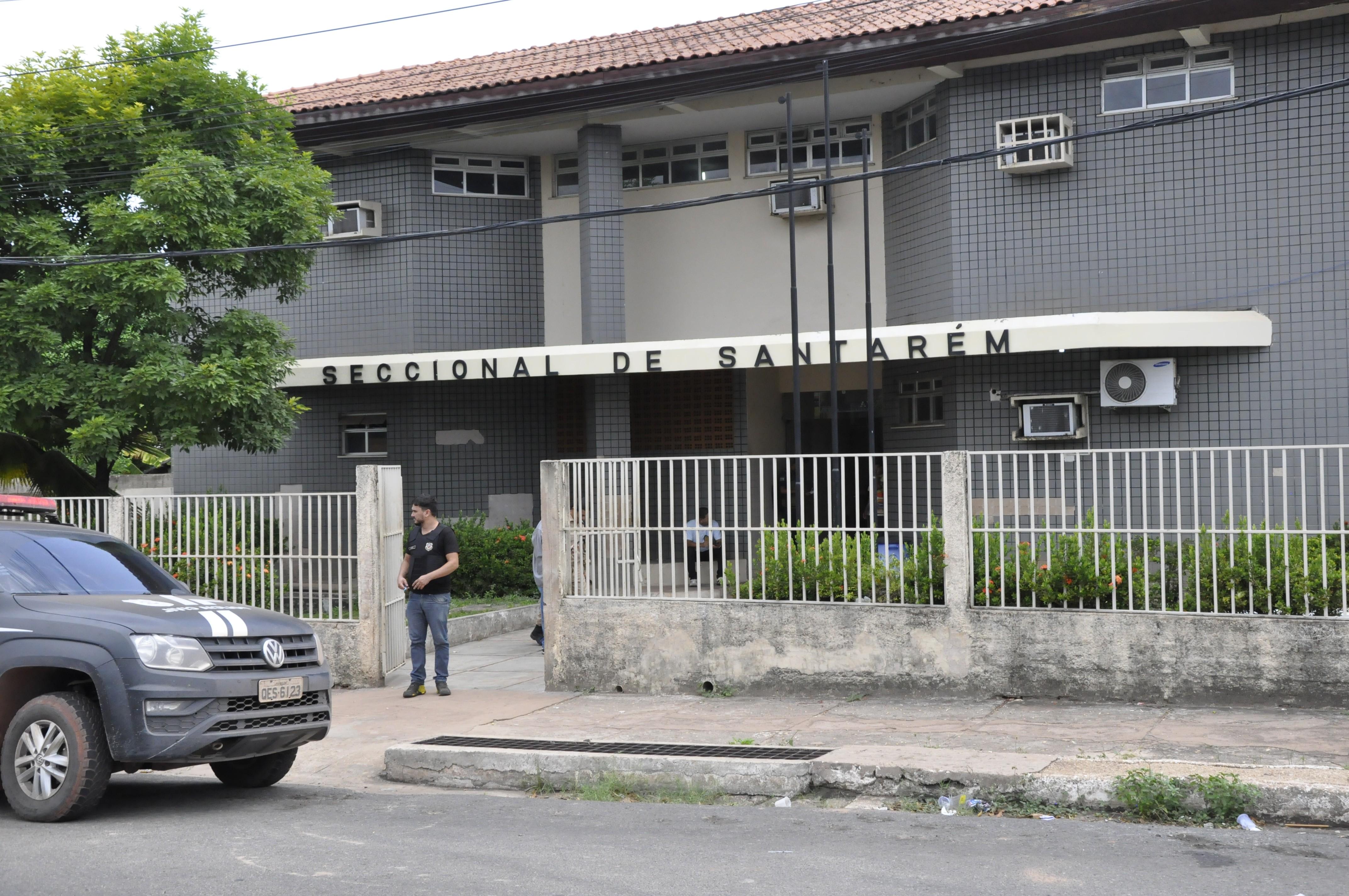 Plantão policial: embriagado, jovem conduz veículo, bate em motociclista e vai preso em Santarém