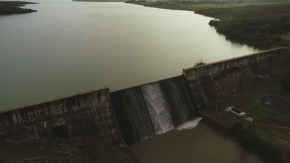 Reservatório do Descoberto com capacidade máxima de armazenamento de água; em imagem de arquivo — Foto: TV Globo/Reprodução