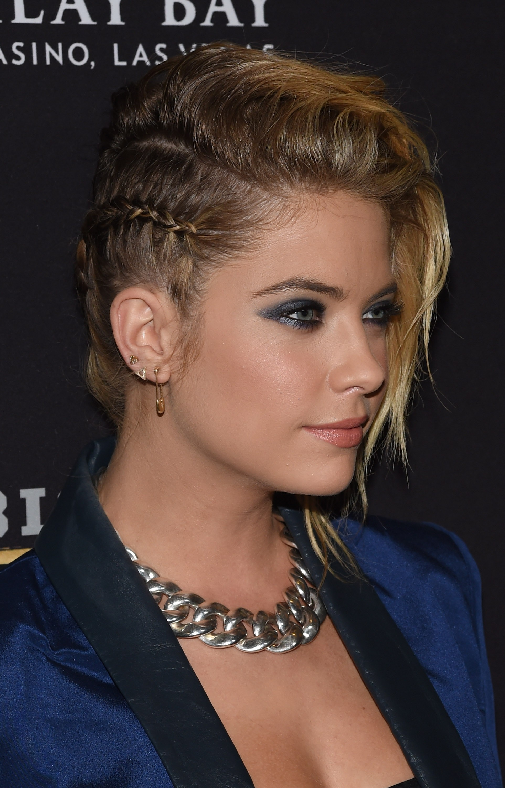 Ashley Benson cabelo tranças (Foto: Getty)