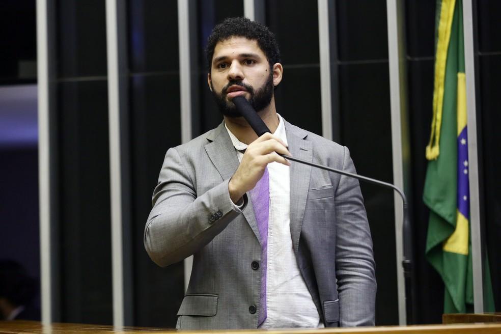 O deputado David Miranda (PSOL - RJ) durante sessão no plenário da Câmara dos Deputados em maio deste ano — Foto: Michel Jesus/Câmara dos Deputados