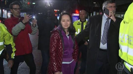 Executiva da Huawei deixa a prisão após pagar US$ 7,5 milhões de fiança
