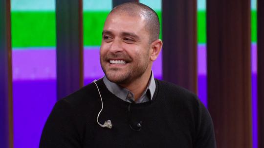 Diogo Nogueira revela que compôs música com a ajuda do pai: 'Tenho parceria com ele em sonho'