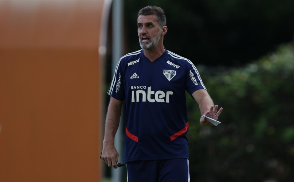 Vagner Mancini durante treino do São Paulo na manhã desta sexta-feira — Foto:  Rubens Chiri / saopaulofc.net