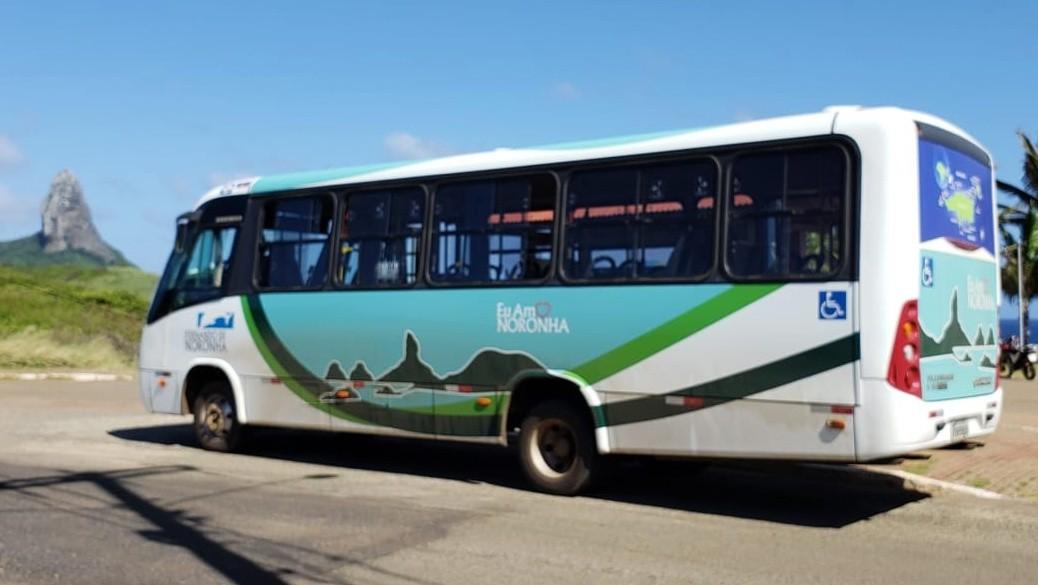 Circulação de ônibus é suspensa em Noronha para reduzir contágio pelo coronavírus
