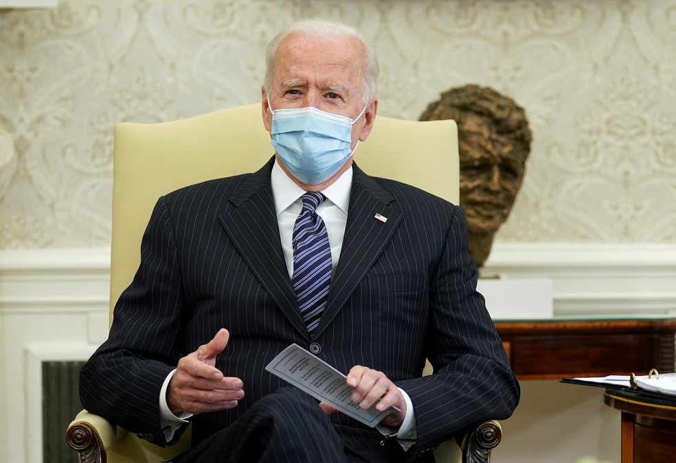 Joe Biden em reunião na Casa Branca, sede do governo dos EUA, em 19 de abril de 2021 — Foto: Kevin Lamarque/Reuters