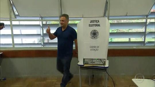 Rivais na disputa à Presidência em 2014, Aécio e Dilma têm resultados diferentes nesta eleição