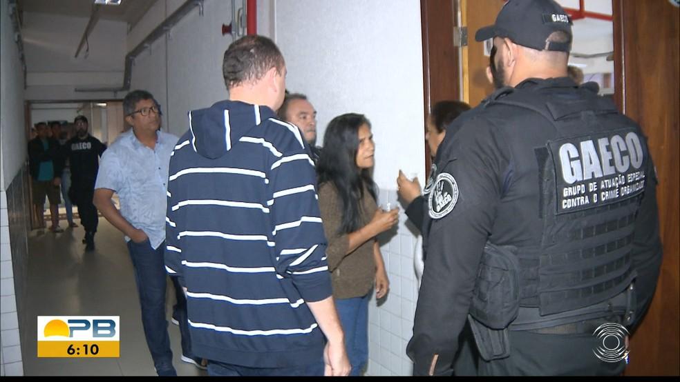 Onze vereadores de Santa Rita, PB, foram presos durante a operação 'Natal Luz' — Foto: TV Cabo Branco/Reprodução