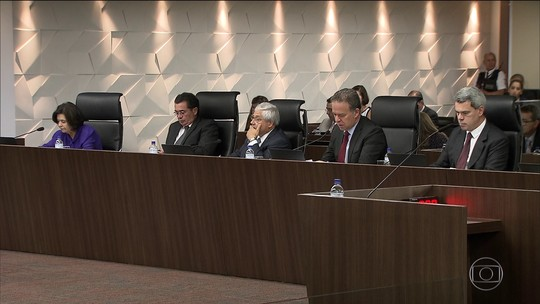 Ministros do TCU decidem arquivar investigação que apurou tráfico de influência da Corte