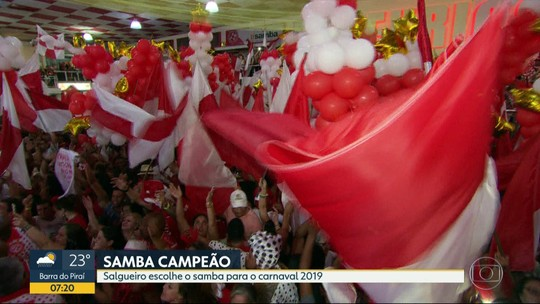 Salgueiro escolhe samba que levará para Sapucaí em 2019
