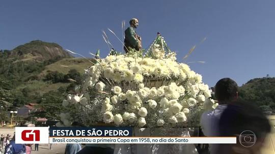 Programação em homenagem a São Pedro tem barqueata, missas e shows em Niterói