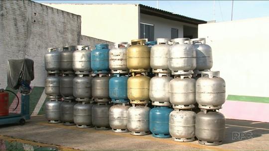 Moradores têm dificuldade para comprar botijões de gás na região noroeste
