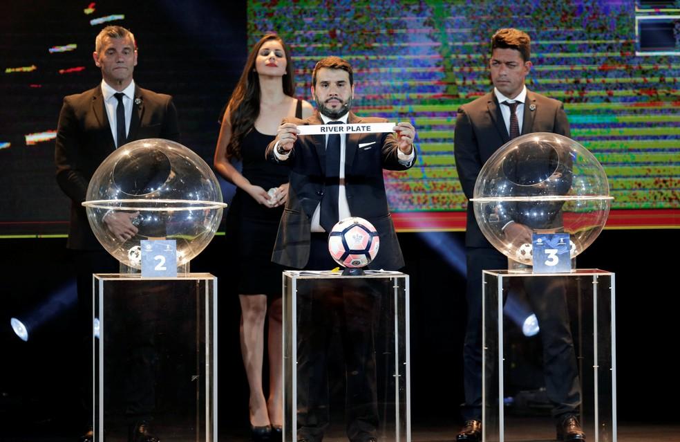 Sorteio Libertadores (Foto: Reuters)