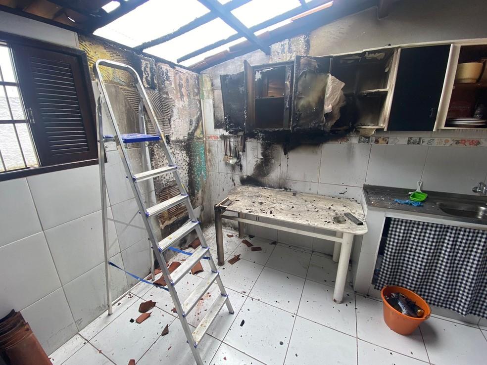 Vazamento de gás provocou explosão em casa no bairro Monte Castelo, em Parnamirim, na Grande Natal. — Foto: Kleber Teixeira/Inter TV Cabugi