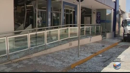 Criminosos explodem três agências bancárias durante a madrugada no Sul de Minas