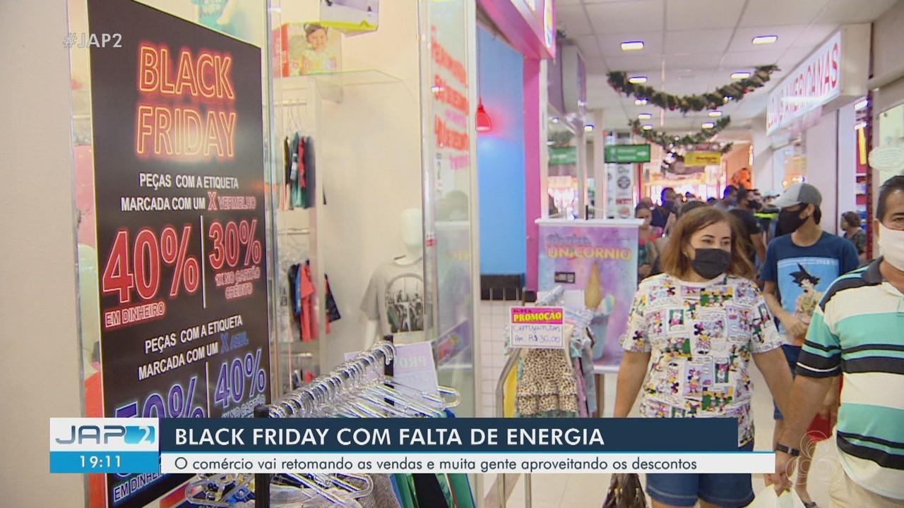Black Friday em Macapá teve falta de energia e muita gente aproveitando descontos
