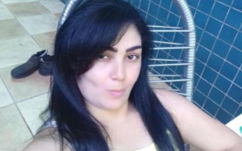 Regina Batista de Souza foi presa em Uberlândia e era considerada foragida da Justiça de Goiás desde 2018 — Foto: Polícia Civil/Divulgação