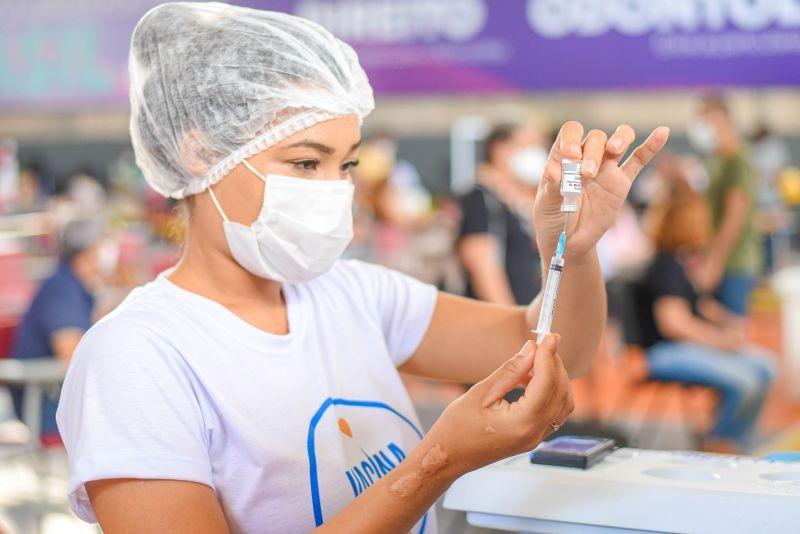 São Luís anuncia calendário de vacinação contra a Covid-19 para pessoas de 24 a 29 anos
