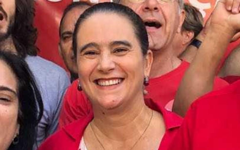 Kátia Maria é oficializada candidata ao governo em convenção do PT em Goiás (Foto: Danila Bernardes/TV Anhanguera)