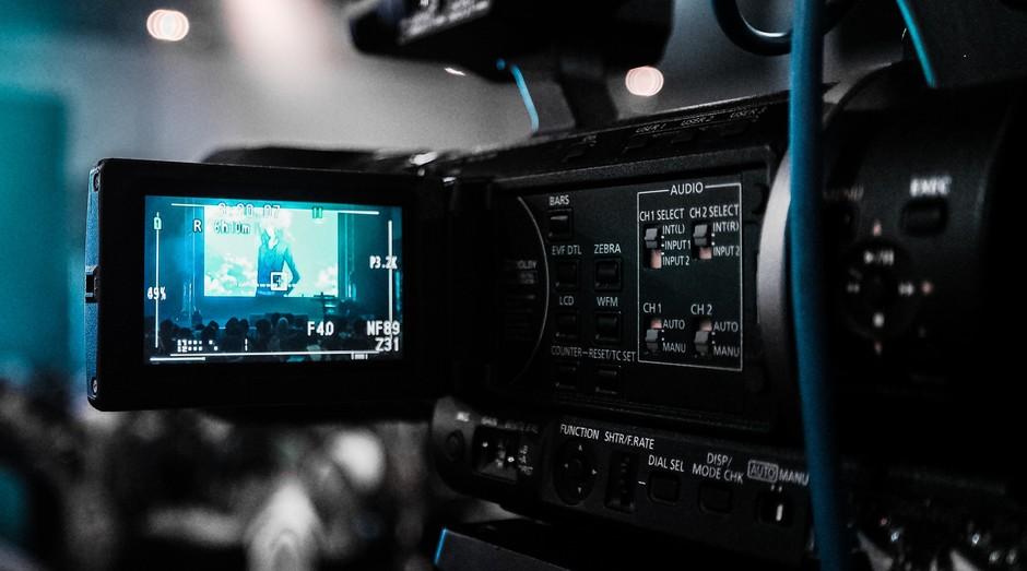 camera, video, audiovisual (Foto: Reprodução/Pexels)