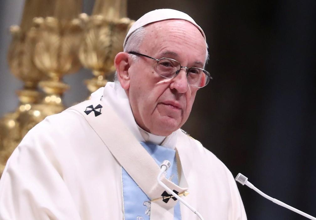 Papa Francisco durante a homilia na missa pelo Ano Novo — Foto: Reuters