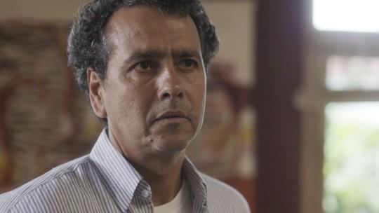 Rudá assume namoro com Leon e reação de Toni emociona a família
