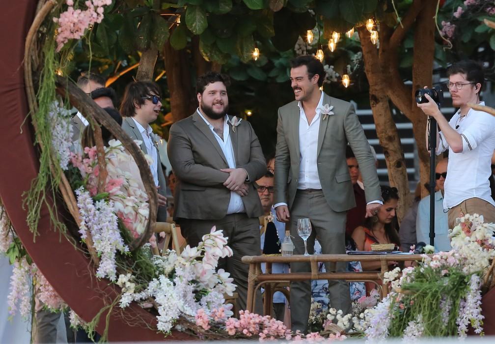 Joaquim Lopes, casamento Camila Queiroz e Klebber Toledo (Foto: Manuela Scarpa e Iwi Onodera/Brazil News)