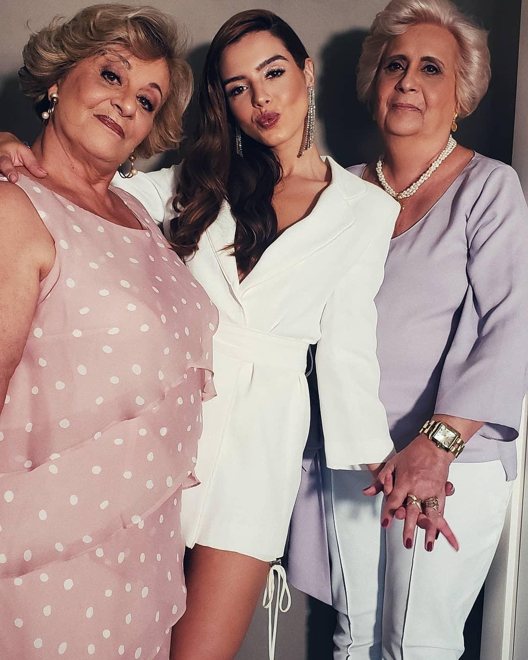 Giovanna Lancelotti acompanhada da avó e tia-avó (Foto: Reprodução Instagram)