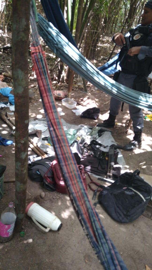 Armas e drogas são apreendidas durante operação policial em São Luís - Notícias - Plantão Diário
