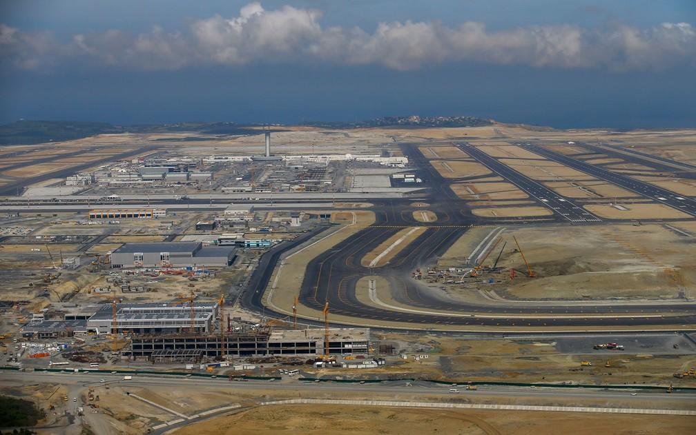 Vista do novo aeroporto de Istambul — Foto: AP Photo/Emrah Gurel
