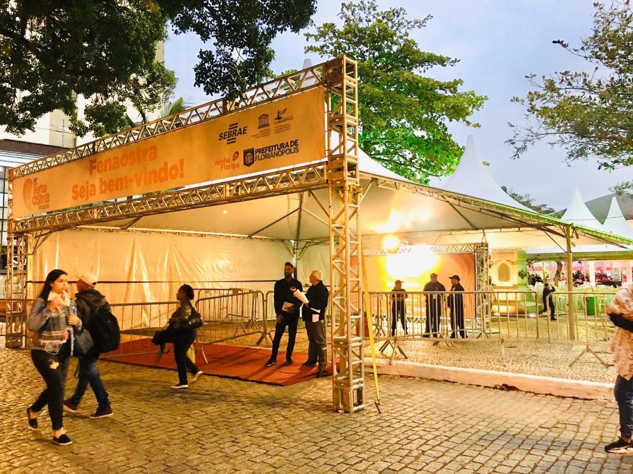Mutirão da Cidadania oferece serviços gratuitos em Florianópolis - Notícias - Plantão Diário