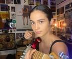 Nanda Costa posa em sua casa, no Rio | Divulgação
