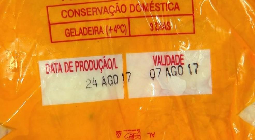 Dono do açougue afirma que foi erro do frigorífico na hora de embalar  (Foto: Reprodução/TV TEM)