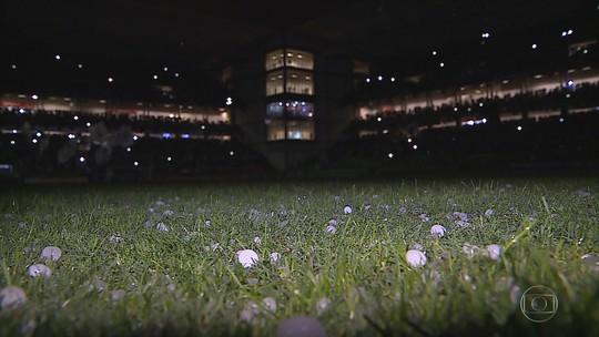 """Um ano após """"jogo do granizo"""", Atlético-MG recebe o Inter com clima e escalação bem diferentes"""