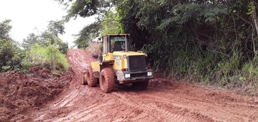 Prefeitura realiza trabalho de recuperação após enchente — Foto: Prefeitura de Juína/Divulgação