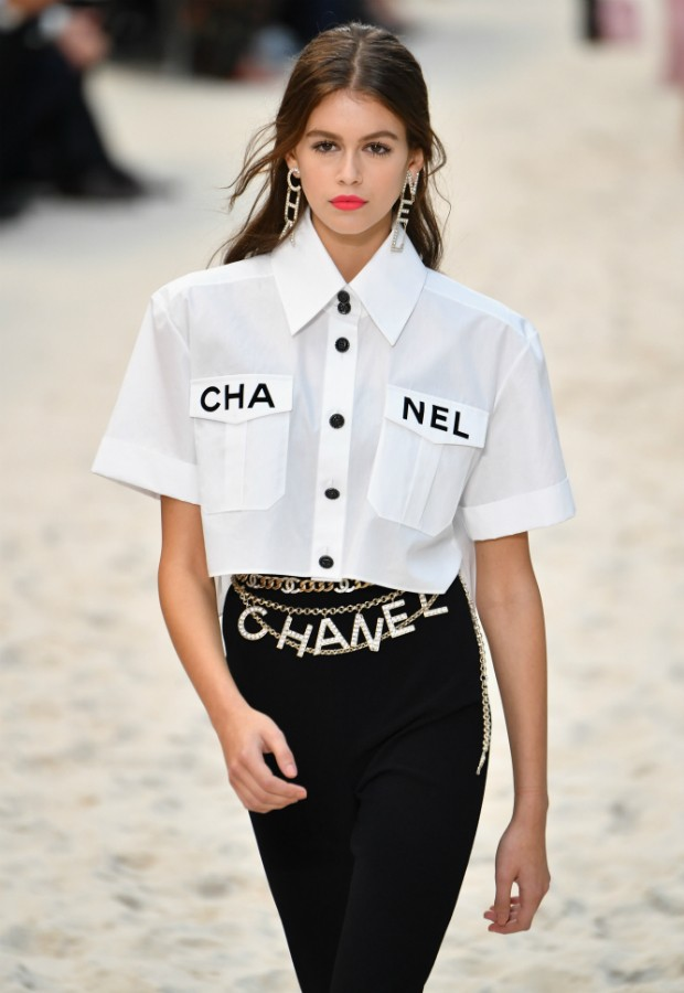 Kaia Garber no desfile da Chanel de verão 2019 (Foto: Getty)