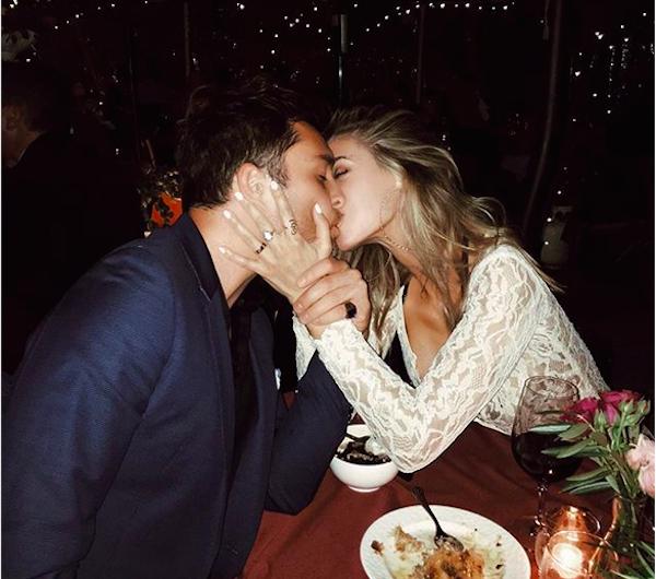 A foto que levantou a suspeita de que a modelo Jessica Serfaty teria se casado com o ator Ed Westwick (Foto: Instagram)