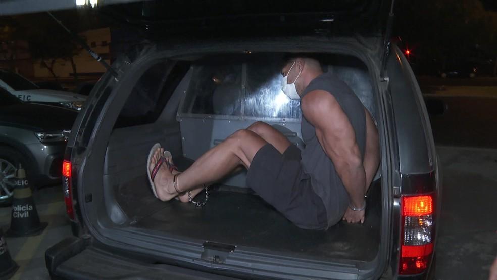 Tiago Tadeu Faria é suspeito de participar de roubos a bancos em SP — Foto: Reprodução/TV Globo