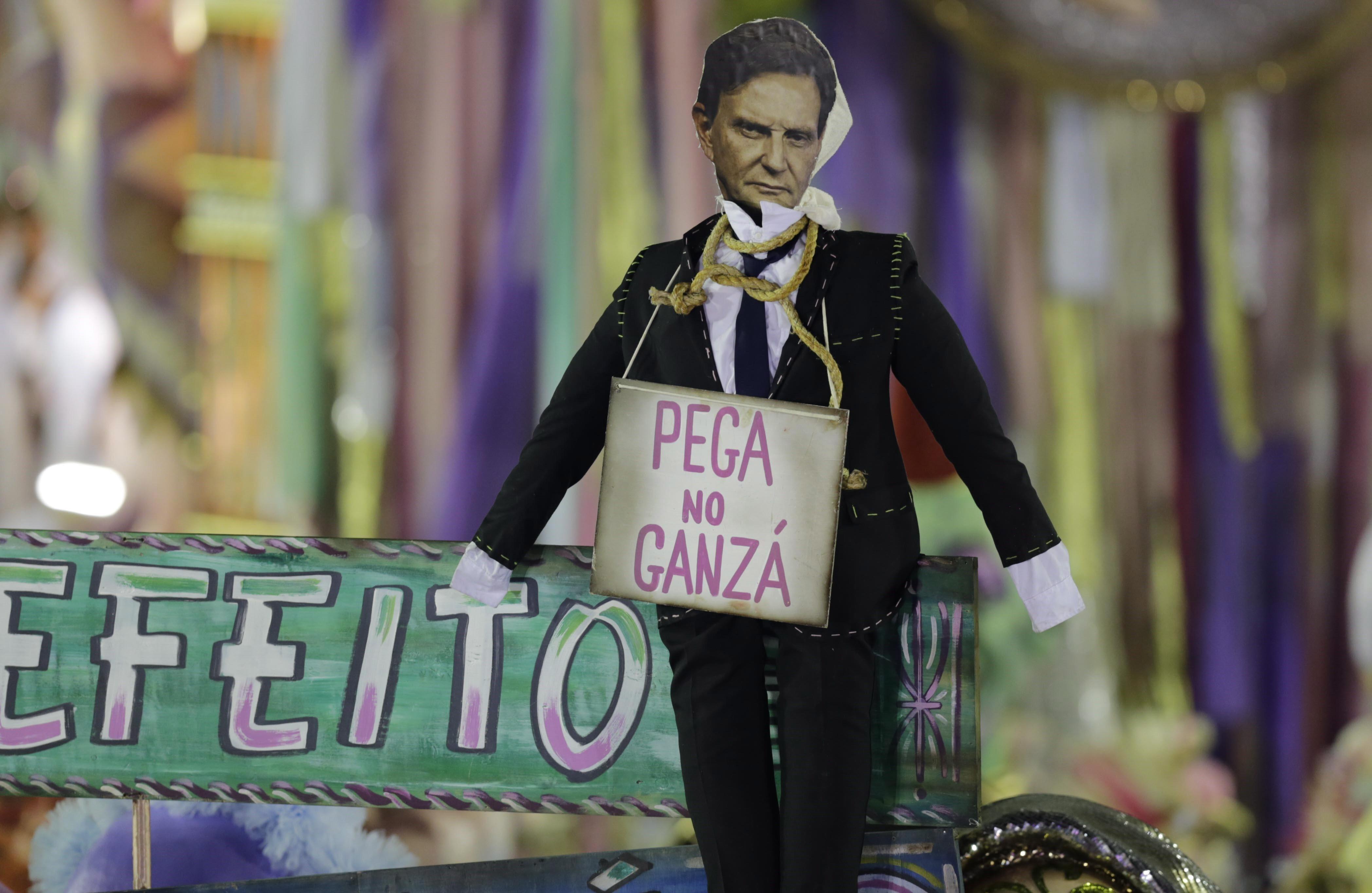 'Homenagem' a Crivella no desfile da Mangueira