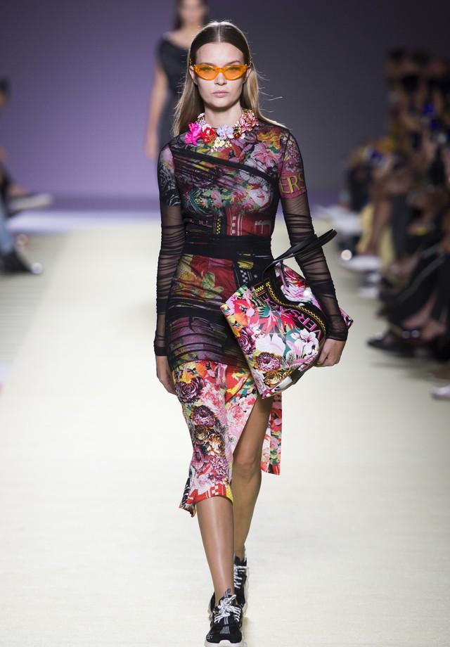 Versace - verão 2019 (Foto: Imaxtree)