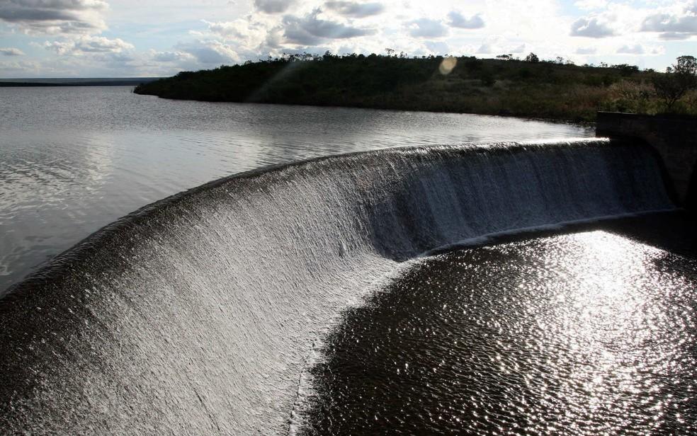 Barragem de Santa Maria, no Distrito Federal, em imagem feita na temporada de chuvas, em abril de 2015 (Foto: Toninho Tavares/GDF)
